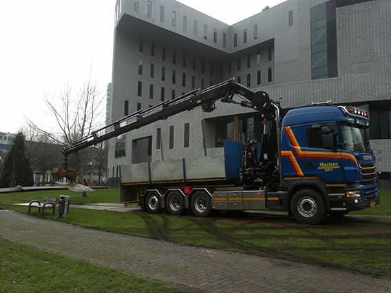 kraan 37 ton/meter met haakarm